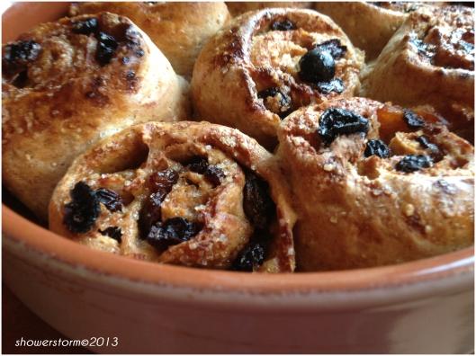 wholemeal buns